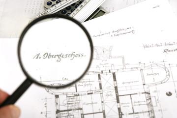 Architektur - Plan mit Lupe 1. Obergeschoss