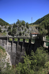 diga centrale idroeletrica
