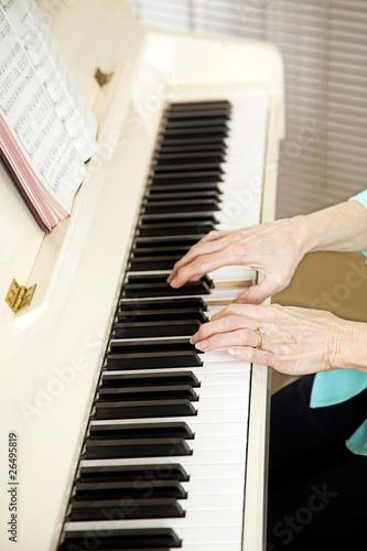 Pianist Plays Church Hymns