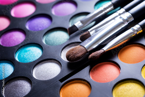 Makeup.Professional multicolor eyeshadow palette