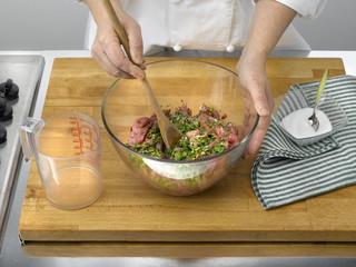 préparation de la viande de la tarte à la viande