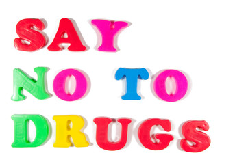 say no to drugs written in fridge magnets