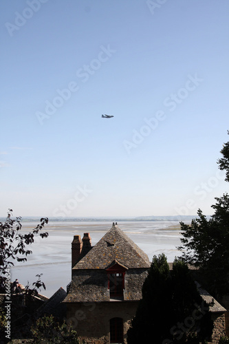 avion mont st michel