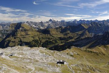 Blick vom Nebelhorngipfel auf die Allgäuer Alpen