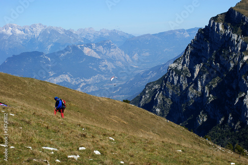 Paragleiten in den Dolomiten am Gardasee