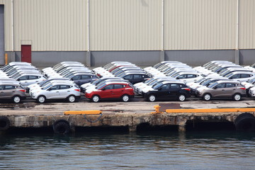 Import cars unloaded at the port in San Juan PR