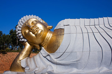 Statue of Buddha lying down