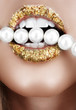 Gold leaf mouth with pearls
