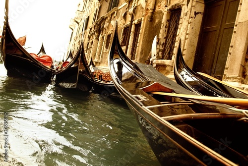 Traditional Venice gandola ride - 26838852