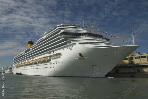 cruise ship (Port of Venice)