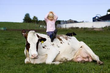 Kind und Kuh