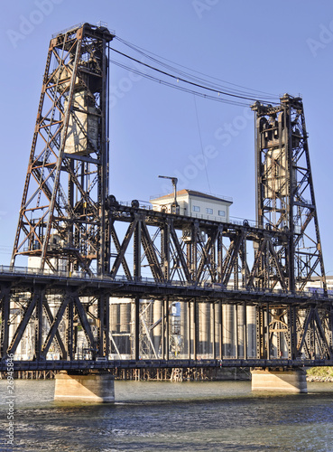 steel bridge in portland oregon