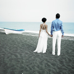 Newlyweds at the sea