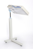 Neonatal adjustable light therapy unit