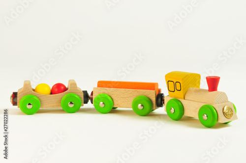 zug aus holz f r kinder kinderspielzeug aus holz von. Black Bedroom Furniture Sets. Home Design Ideas