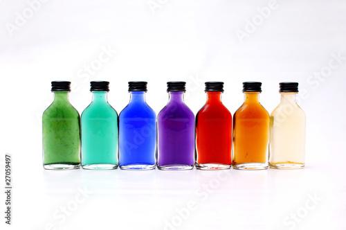 farbige kleine flaschen von kramografie lizenzfreies foto 27059497 auf. Black Bedroom Furniture Sets. Home Design Ideas