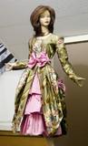 mannequin dans une boutique de tissus poster