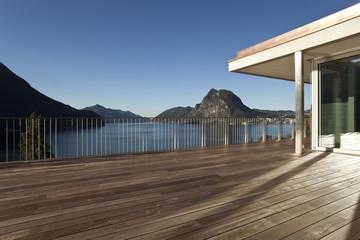 terrasse vide, sans personne