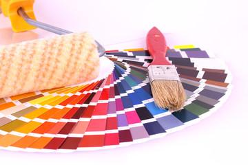 Farbkarte mit Pinsel