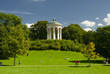Leinwanddruck Bild - München Monopterus im Englischer Garten