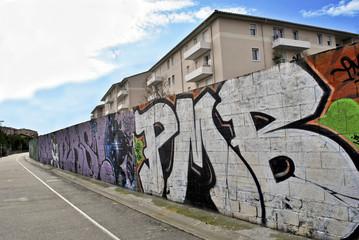 graffiti 1B