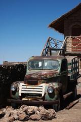 vecchio furgone abbandonato