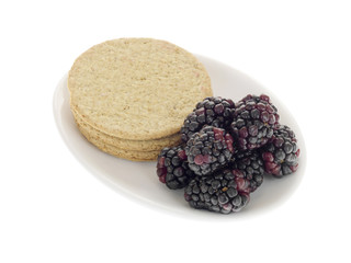 Oat Cakes with Blackberries
