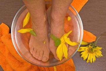 aromatherapy foot bath
