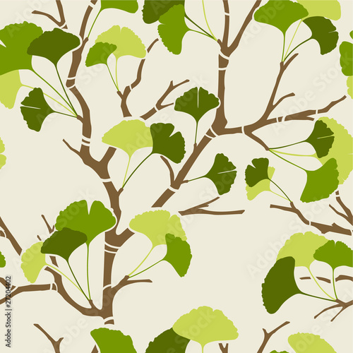 seamless pattern with green ginkgo leaves © kusuriuri