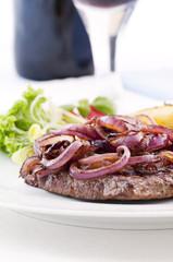 Beefsteak mit Zwiebel