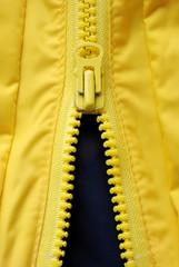 cerniera gialla