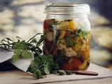 Fototapety Pickles herbe conserve bocal