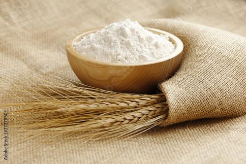 farina grano - 27279605