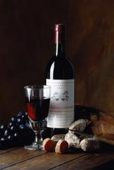 wine and saucisson