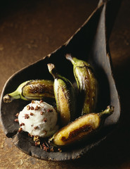 coconut sorbet with séchuan pepper and green bananas
