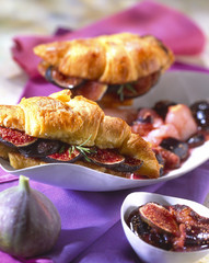 Croissants filled with figs