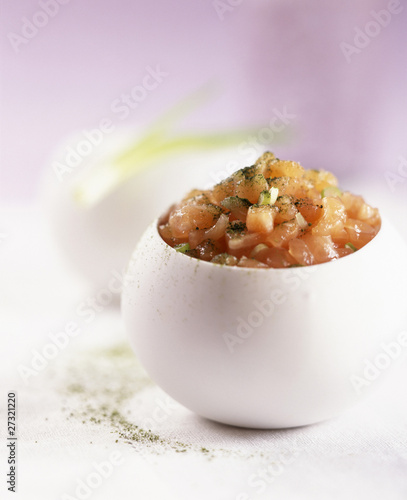 Salmon tartare with Matcha green tea