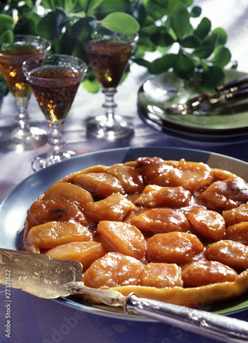 apple and honey salted butter tatin tart