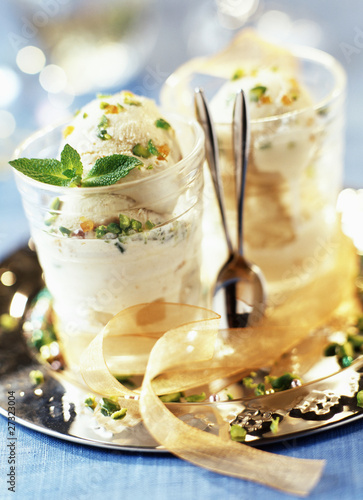 nougat pistachio ice cream