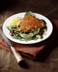 Crunchy turkey breasts with almonds