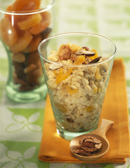 Dried fruit and oat dessert