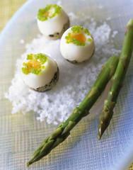 Quail eggs with asparagus