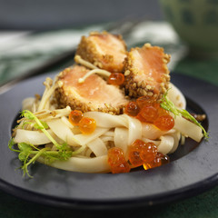Salmon Teriyaki with tagliatelles and salmon roe