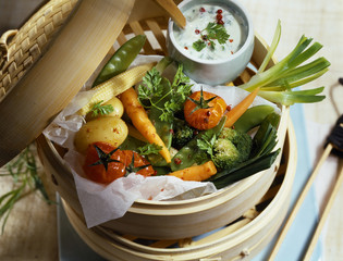 Vegetable Papillote with chervil cream
