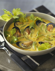 Creamy mussel and celery soup