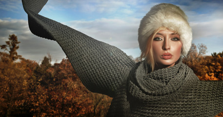 Autumn lady wearing big scarf