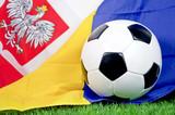 Fototapety Fußball mit Polen und Ukraine Fahne