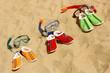 Три пары маски с трубками для дайвинга и обувь - 27401853