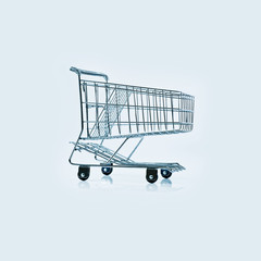 Metal wire shopping trolley