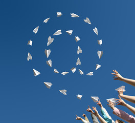 paper airplanes  in the manner of symbol of email